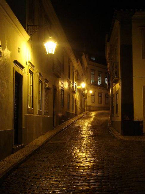 Zdjęcia: Faro, Algarve, Faro uliczka nocą, PORTUGALIA