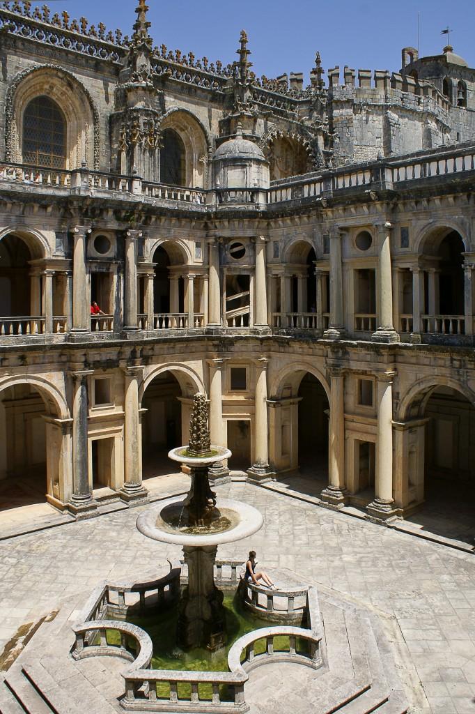Zdjęcia: Tomar, /, Klasztor Chrystusa Pana, Wielki Krużganek, PORTUGALIA