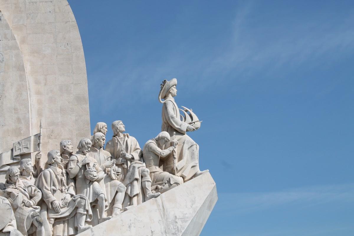 Zdjęcia: pomnik odkrywcow, Portugalia, szosty od prawej, PORTUGALIA
