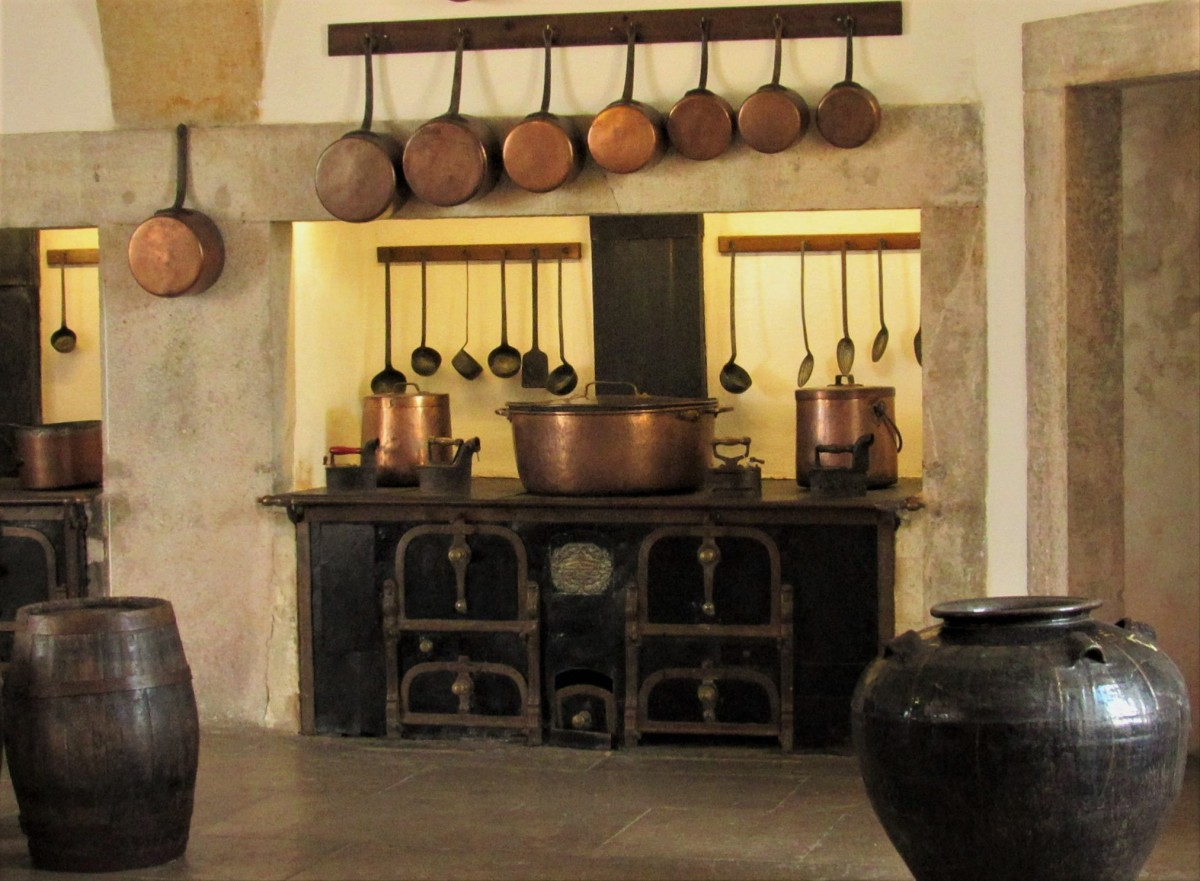 Zdjęcia: Sintra, Palacio Nacional da Pena, od kuchni..., PORTUGALIA