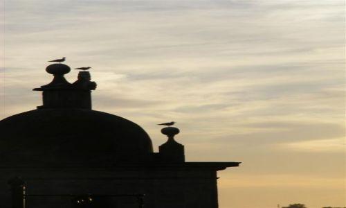 Zdjecie PORTUGALIA / - / Porto / Zachód słońca w Porto