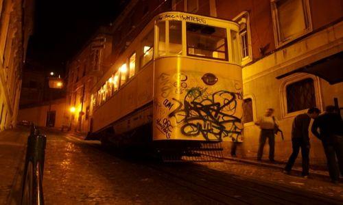 Zdjęcie PORTUGALIA / Lisbona / Lisbona / tramwaj w Lisbonie