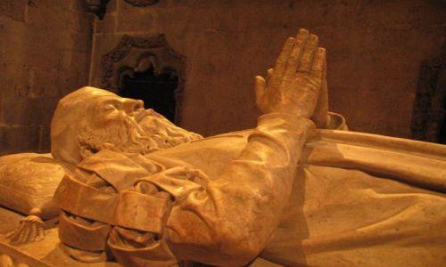 Zdjecie PORTUGALIA / - / Lizbona / Klasztor w Belem, nagrobek Vasco da Gama