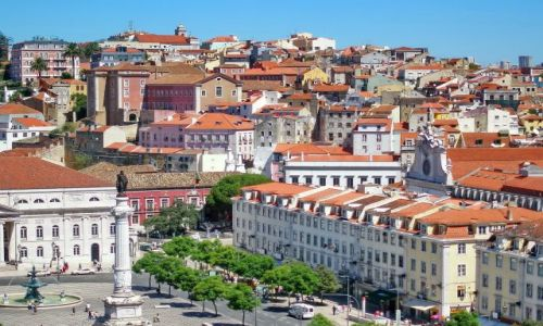 Zdjęcie PORTUGALIA / Lisabon / Lizbona / Górzyste miasto