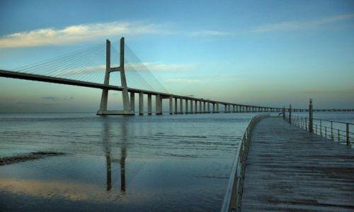Zdjęcie PORTUGALIA / - / lizbona / most vasco da gamy