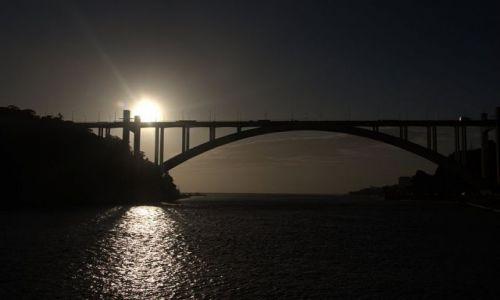 PORTUGALIA / - / porto / zachód słońca