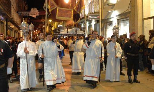 PORTUGALIA / Porto e Norte / Braga / Procesja Pogrzebu Pańskiego (Procissão do Enterro do Senhor) - Semana Santa w Bradze