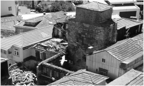 Zdjecie PORTUGALIA / Porto / dzielnica Ribeira / Stare, urokliwe