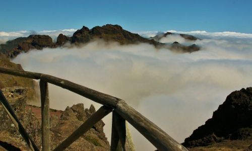Zdjęcie PORTUGALIA / Madera / Pico Do Arieiro / W chmurach