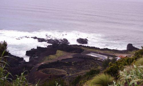 PORTUGALIA / wyspa St. Miguel / Ferraria - zachodnie wybrzeże / na wulkanie