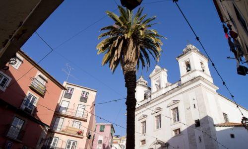 Zdjęcie PORTUGALIA / Lizbona / Alfama / Niebo