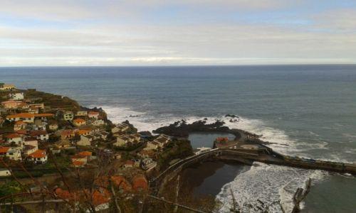 PORTUGALIA / ARCHIPELAG MADEIRA / SEIXAL  / SEIXAL WIDOK NA MIASTECZKO