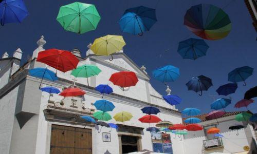 Zdjecie PORTUGALIA / Alentejo / Evora / Od słońca czy od deszczu ?