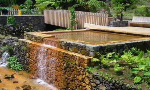 Zdjęcie PORTUGALIA / AZORY / SAO MIGUEL/POCO DO BEIJA  / dla amatorów termalnych kąpieli
