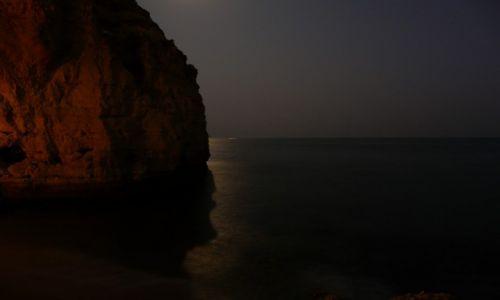 Zdjecie PORTUGALIA / -Algarve / Algarve / Klif noc�