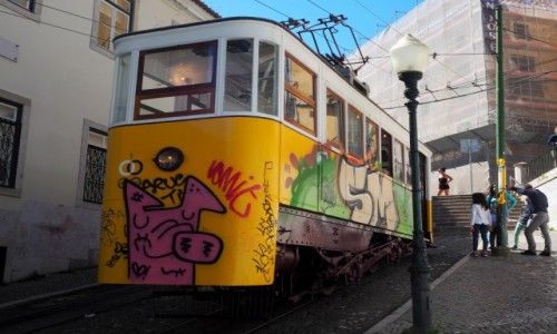 PORTUGALIA / zachodnia cz�� p�w. Iberyjskiego / Bairro Alto, Lizbona / Winda