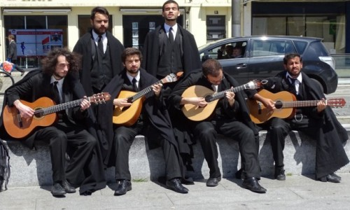 PORTUGALIA / Centrum / Coimbra / Fado coimbryjskie-m�ska rzecz