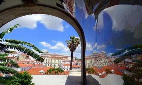 Zdjęcie PORTUGALIA / dystrykt Lizbona / Lizbona / W krzywym zwierciadle