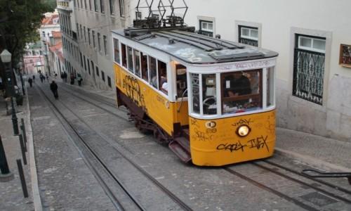 Zdjęcie PORTUGALIA / Lisbona / lisbonska ulica / Lisbona