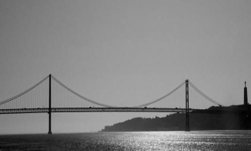 Zdjęcie PORTUGALIA / Lizbona / Most 25 kwietnia  + sanktuarium Cristo Rei w Almadzie / Między Rio a San Francisco, czyli 3w1 ;)