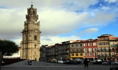 Zdjęcie PORTUGALIA / Porto / Foz do Douro / Kościół i wieża Clérigos)
