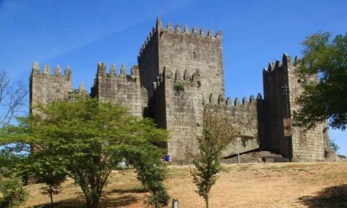 Zdjecie PORTUGALIA / Dystrykt Braga / Guimarães / X wieczny zamek