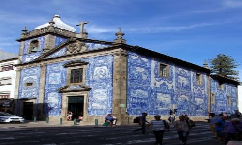 Zdjęcie PORTUGALIA / Porto / Rua Santa Catarina / Capela das Almas, czyli Kaplica Dusz