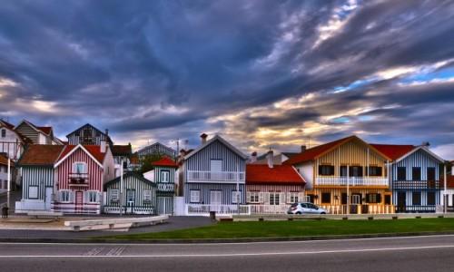 PORTUGALIA / Okolice Aveiro / Costa Nova / Kolorowe domki