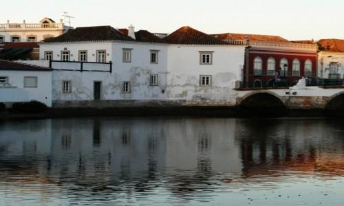 Zdjęcie PORTUGALIA / Algarve / Tavira / ściemnia sie- Tavira