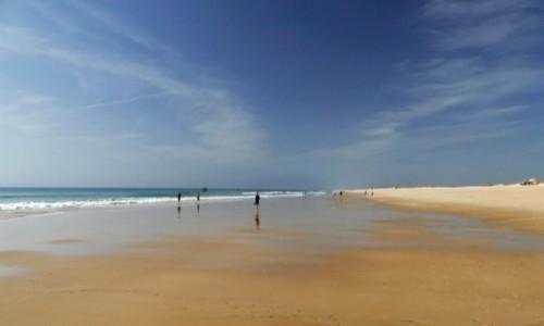 Zdjęcie PORTUGALIA / Algarve / Cabanas / niska woda