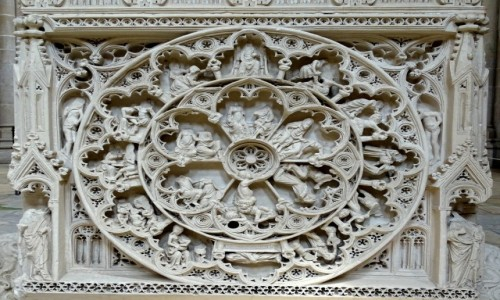 PORTUGALIA / Centrum / Kościół Santa Maria de Alcobaca- fragment tumby króla Piotra / Koło życia