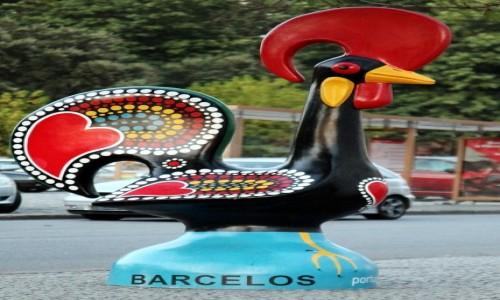 Zdjęcie PORTUGALIA / Caminho Português de Santiago / Barcelos / Kogucik, który wstał z talerza i zapiał (Galo de Barcelos)