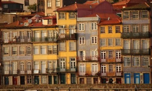 Zdjecie PORTUGALIA / - / Porto / Kamienice