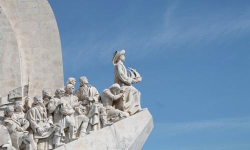 Zdjęcie PORTUGALIA / Portugalia / pomnik odkrywcow / szosty od prawej