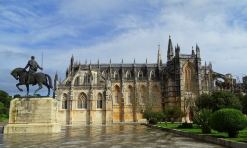 PORTUGALIA / Centrum / Klasztor Matki Boskiej Zwycięskiej w Batalha / Ach, ten gotyk!