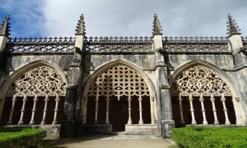 Zdjęcie PORTUGALIA / Centrum / Klasztor Matki Boskiej Zwycięskiej w Batalha-Krużganki Królewskie (Jana I) / Manuelińska koronka