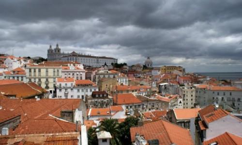 Zdjecie PORTUGALIA / - / Lizbona / Lizbona przed burzą