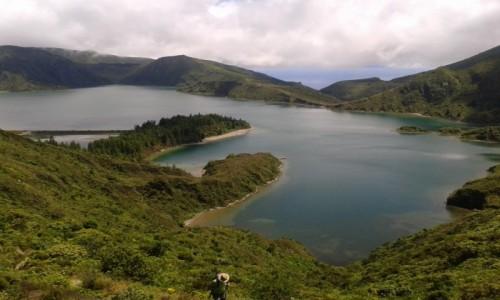 Zdjęcie PORTUGALIA / Azory / Lagoa do Fogo / Jezioro w górach