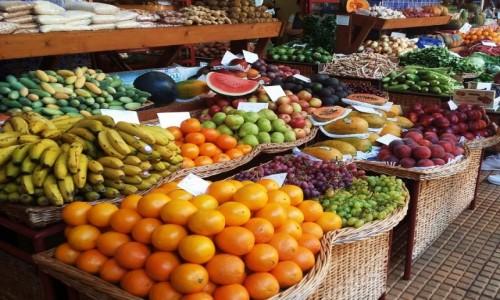 PORTUGALIA / Funchal / Mercado dos Lavradores / Owoce