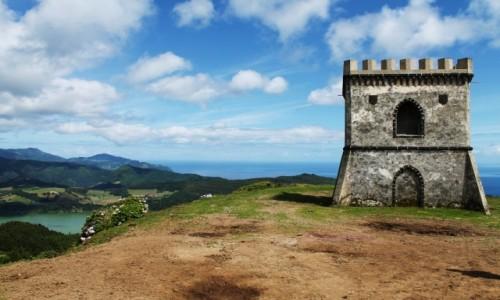 Zdjęcie PORTUGALIA / Sao Miguel / Miradoro do Castelo Branco /  Wieża