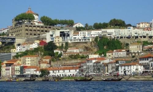 Zdjecie PORTUGALIA / Dystrykt Wielkie Porto / Vila Nova de Gaia  / Miasto przesiąknięte zapachem porto