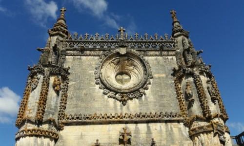 Zdjęcie PORTUGALIA / Dystrykt  Santarém / Tomar - zespół klasztorny Convento de Cristo / Kiedyś to potrafili budować...