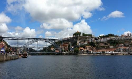 Zdjecie PORTUGALIA / Douro Litoral / Porto, rzeka Douro / W górę Złotej Rzeki ;)