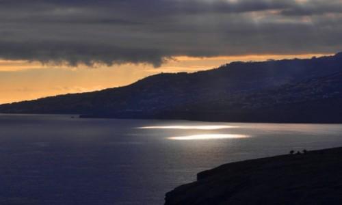 Zdjęcie PORTUGALIA / Madera / okolice Sao Jorge, wschodnie wybrzeże / Prześwit