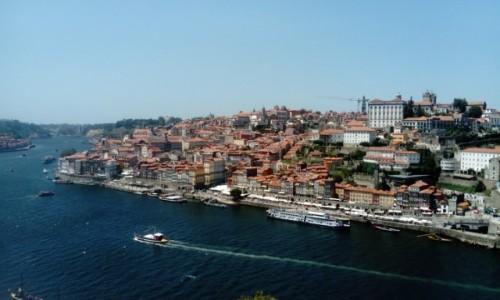 Zdjecie PORTUGALIA / Porto / Punkt widokowy / Widok  na rzekę  Duero  i Porto