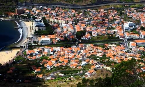 PORTUGALIA / Madera / Machico / panorama miasta z Pico do Facho