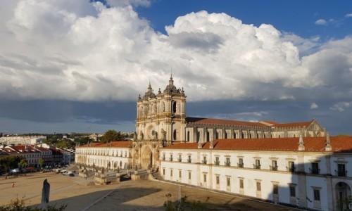 Zdjecie PORTUGALIA / Centrum / Klasztor Cystersów i kościół Matki Bożej w Alcobaca / Lubię pokoje z widokiem