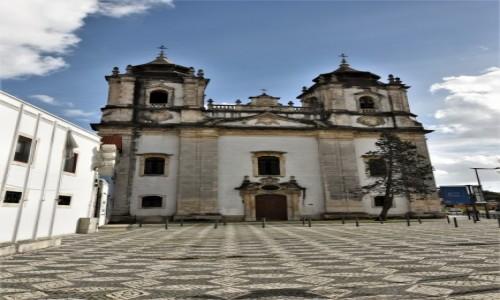 Zdjecie PORTUGALIA / Pinhal Litoral / Leiria / Leiria, kościół poaugustiański
