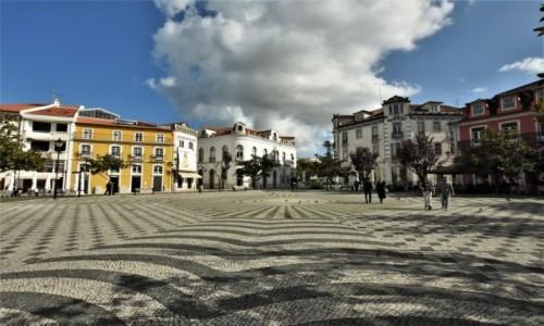 PORTUGALIA / Pinhal Litoral / Leiria / Leiria, zakamarki, place