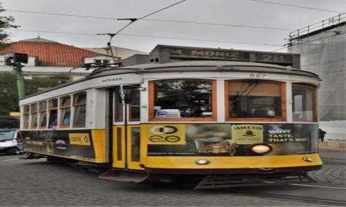 Zdjecie PORTUGALIA / Stolica / Lizbona / Lizbona,tramwaj